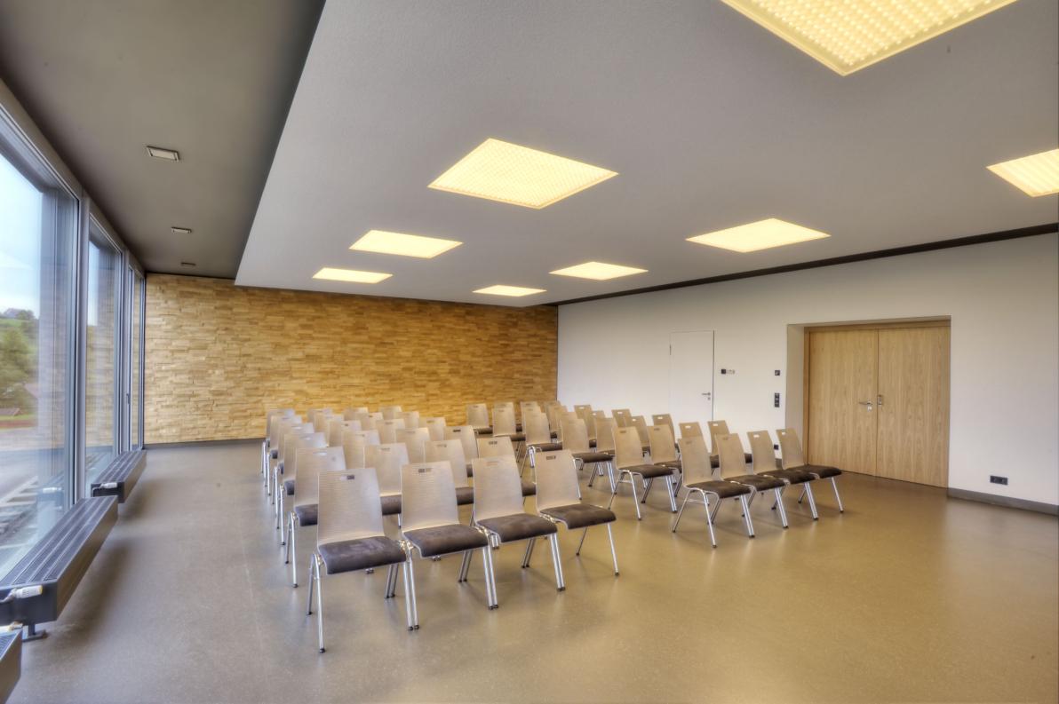 buerohauser_Energetische Sanierung und Innenarchitektur Bürgersaal Egenhausen_05