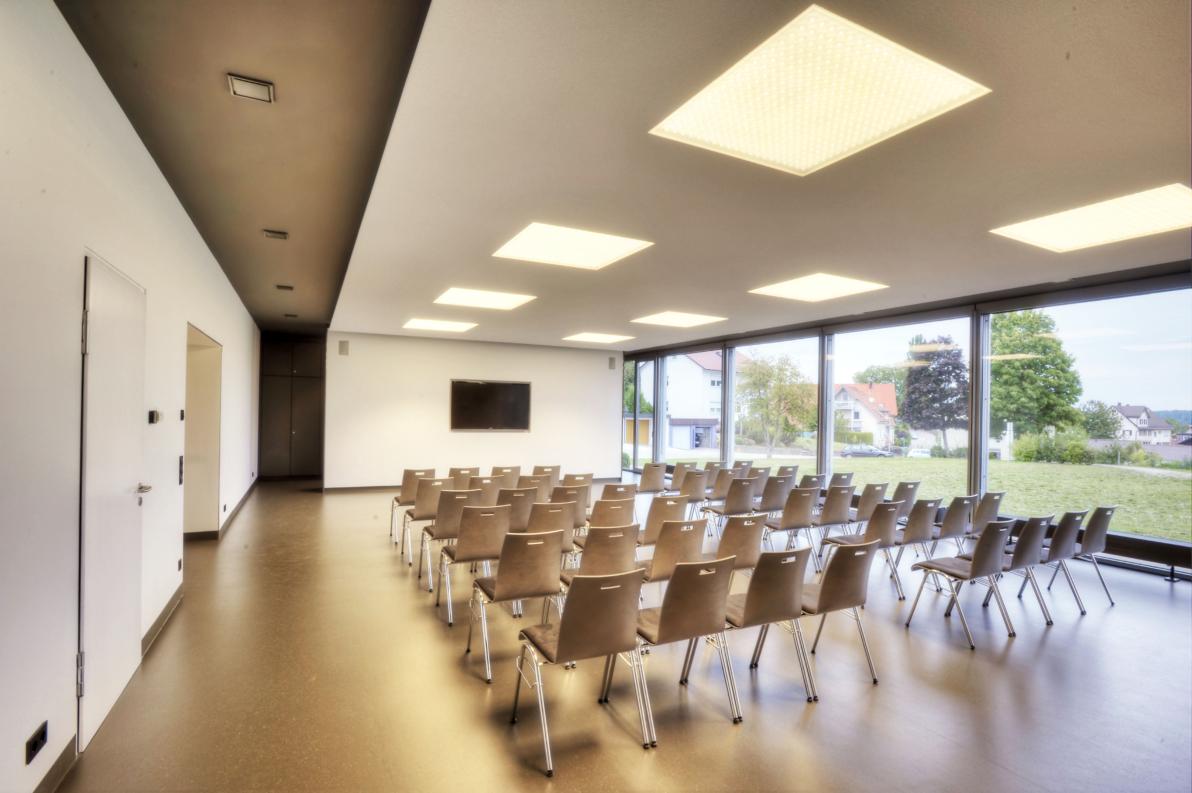 buerohauser_Energetische Sanierung und Innenarchitektur Bürgersaal Egenhausen_02
